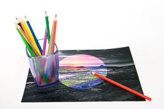 Lápices coloridos en el fondo blanco Foto de archivo
