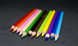 Lápices del color, afeitados del lápiz del color Fotografía de archivo