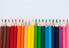 Lápices del color aislados en el fondo blanco Cierre para arriba Imágenes de archivo libres de regalías