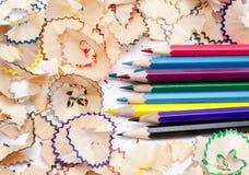 Lápices del color con madera Fotos de archivo libres de regalías