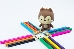 Lápices del color en el cierre blanco del fondo para arriba Imagen de archivo libre de regalías