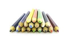 Lápices del color en el fondo blanco Cierre para arriba Lápices hermosos del color Lápices del color para dibujar Foto de archivo