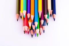 Lápices del color en el fondo blanco Diversos lápices coloreados Fotografía de archivo