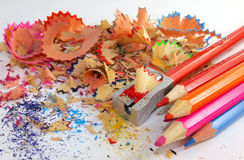 Lápices del color que afilan Imágenes de archivo libres de regalías