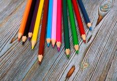 Lápices Dibujo con un lápiz Aprendizaje drenar Foto de archivo