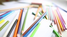 Lápices y acuarela coloreados primer almacen de video