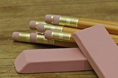 Lápices y borradores imagen de archivo libre de regalías