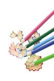 Lápices y virutas del color Fotos de archivo libres de regalías