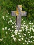 Lápida mortuaria cruzada Fotos de archivo