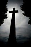 Lápida mortuaria en la noche Fotografía de archivo