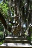 Lápida mortuoria del cementerio en el cementerio histórico de Savannah Georgia foto de archivo libre de regalías