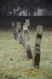 Lápidas mortuarias viejas Fotos de archivo libres de regalías
