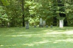 Lápidas mortuorias viejas Fotografía de archivo libre de regalías