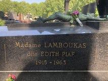 Lápide do ` s de Edith Piaf, Paris Imagens de Stock