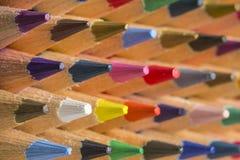 Lápis coloridos de várias cores, fim acima Imagens de Stock