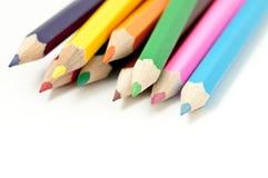 Lápis coloridos dispersados Imagens de Stock Royalty Free