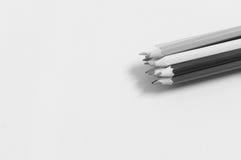 Lápis coloridos em preto e branco Imagem de Stock