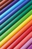 Lápis coloridos em seguido que formam um fundo Foto de Stock