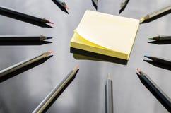Lápis coloridos no fundo preto Imagem de Stock Royalty Free