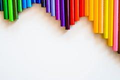 Lápis da cor isolados no fundo branco Fim acima Copie o espaço Fotos de Stock Royalty Free