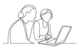 A lápis desenho contínuo de duas mulheres que sentam e que olham o laptop ilustração stock