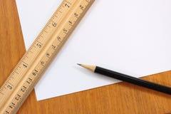 Lápis e régua do papel em branco Imagens de Stock Royalty Free