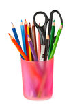 Lápis e tesouras no vidro Fotos de Stock Royalty Free