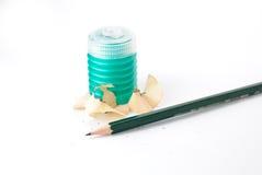 Lápiz con sacapuntas de lápiz imagenes de archivo