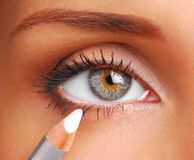 Lápiz cosmético blanco. fotos de archivo
