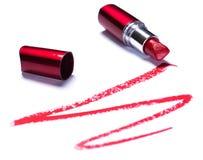Lápiz labial rojo con el rastro imagen de archivo