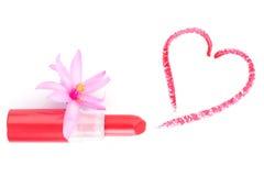 Lápiz labial y corazón. Concepto del amor. Foto de archivo libre de regalías