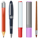Lápiz, pluma, etiqueta de plástico, Highlighter, cepillo Fotografía de archivo libre de regalías