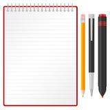 Lápiz y etiqueta de plástico de la pluma del cuaderno Fotos de archivo libres de regalías