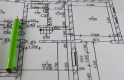 Lápiz y plan de la casa Imagen de archivo libre de regalías
