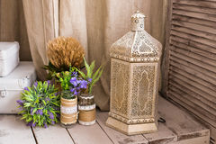 Lâmpada árabe Conceito para a cultura e o projeto marroquinos e árabes imagem de stock royalty free
