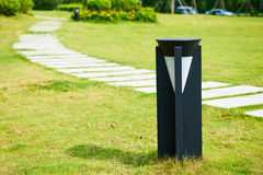 Lâmpada conduzida do gramado Imagens de Stock