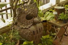 Lâmpada da coruja feita da argila Fotos de Stock