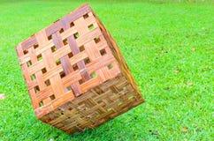 Lâmpada da madeira do cubo Fotografia de Stock