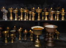 Lâmpada de óleo ritual budista Fotos de Stock