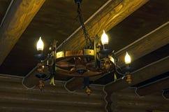 Lâmpada de madeira foto de stock