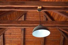 Lâmpada de madeira da casa e do ferro fotos de stock