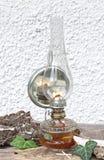 Lâmpada de querosene com um espelho Imagens de Stock Royalty Free