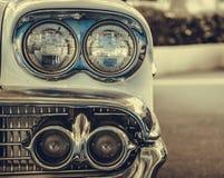 Lâmpada do farol do estilo clássico retro do vintage do carro Imagem de Stock