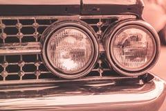 Lâmpada do farol do estilo clássico retro do vintage do carro Fotografia de Stock