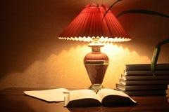 Lâmpada e livros Foto de Stock Royalty Free