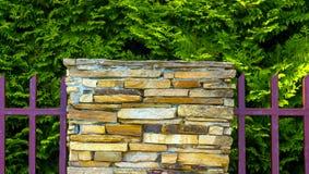 Lâmpada na parede da cerca da casa Fotografia de Stock Royalty Free