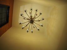lâmpada no teto no foco seletivo Foto de Stock Royalty Free