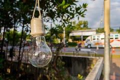 A lâmpada para a decoração no jardim com fundo de Bokeh, S Imagens de Stock Royalty Free