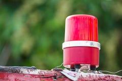 Lâmpada vermelha da sirene no telhado do barco imagem de stock royalty free