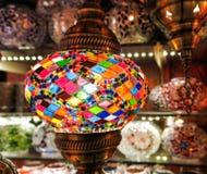 Lâmpadas de cristal para a venda no bazar grande em Istambul Fotografia de Stock Royalty Free